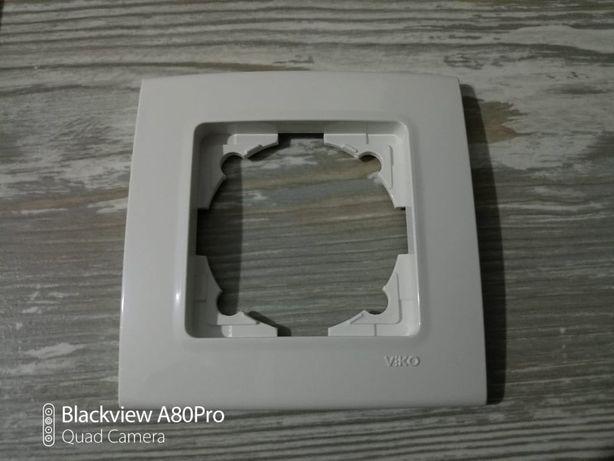 Рамки розеток и выключателей VIKO