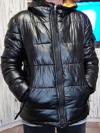 Отдам куртку осеннюю  теплую