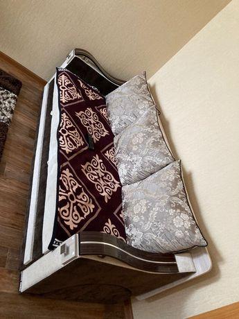 Продам мебель для спальни и кухни