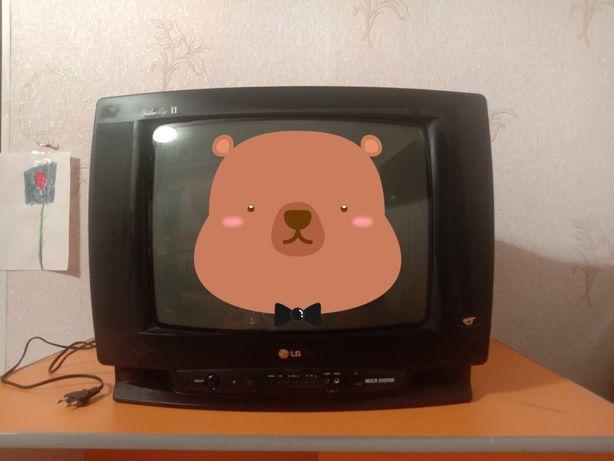 Телевизор LG орлинный глаз
