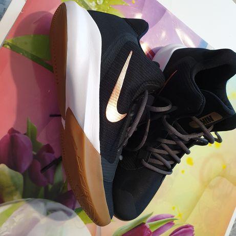 Adidasi Nike 44