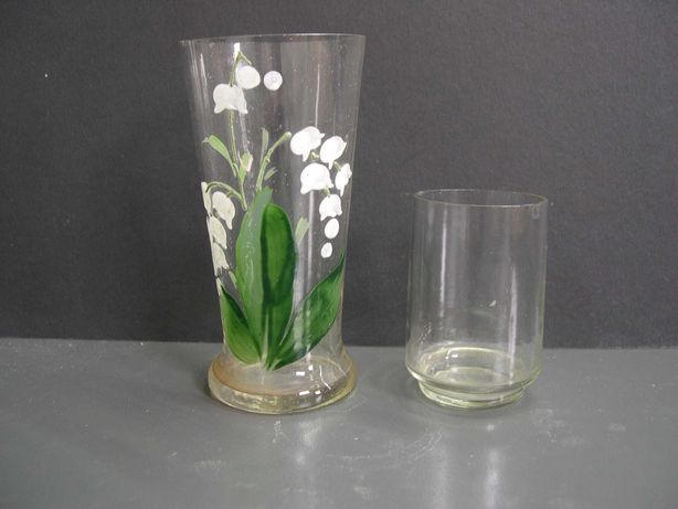 LOT 2 buc. pahare de sticla, pahar de sticla pictat cu lacramioara