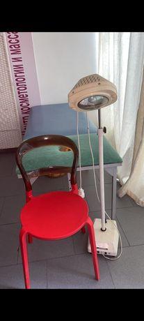Продаю Кушетку,стул и операционную лампу