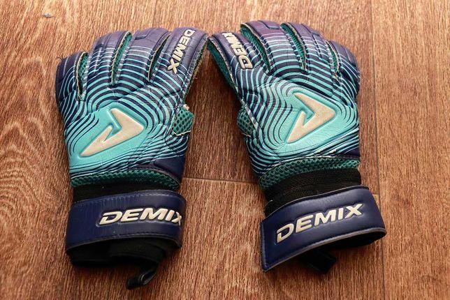 Вратарские перчатки Demix для подростка