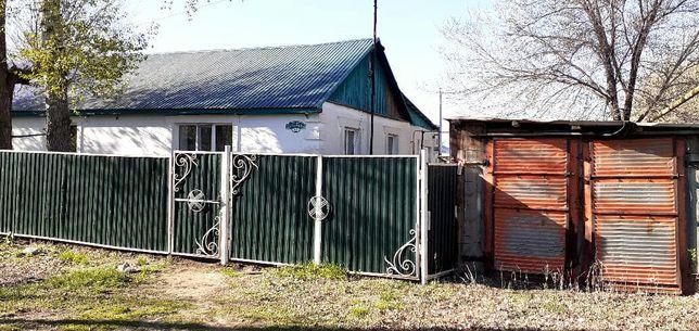 Продам дом п.Петропаловка или  меняю на 2к.кв можно без ремонта