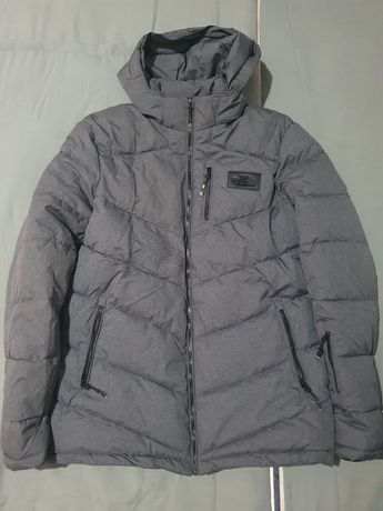 Продам новую куртку парку зима