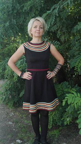 Фолклорна рокля черна