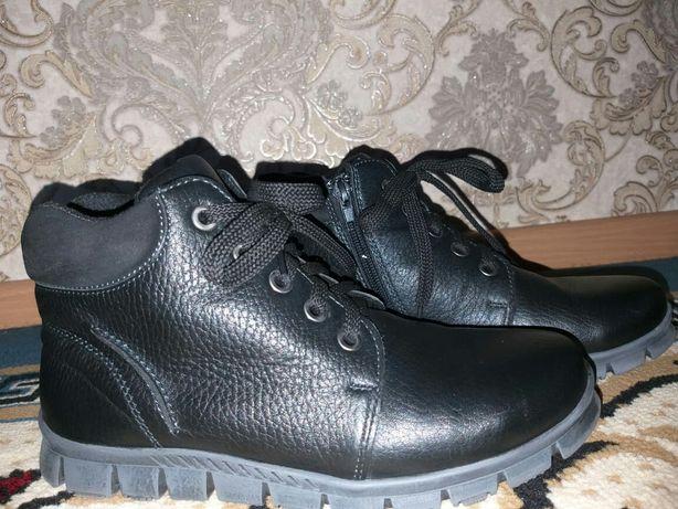 Ботинки весеннее осенние для мальчиков.