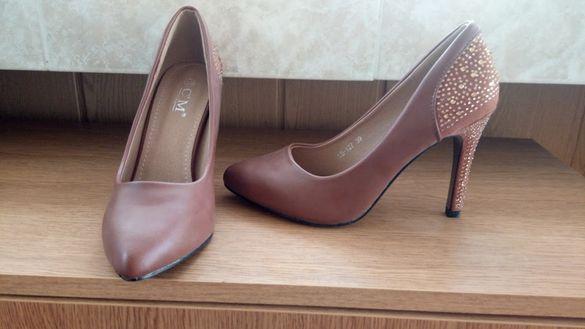 дамски обувки 5 модела по 10лв. на чифт