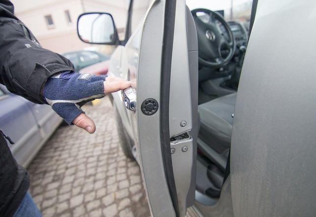Вскрытия авто По Области аварийное открытие авто по области вскрыть ав