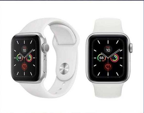 Часы Apple Watch Series 6 (40mm) Цвет: Silver White