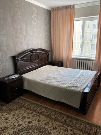 Кровать, шкаф, 2 тумбы, комод