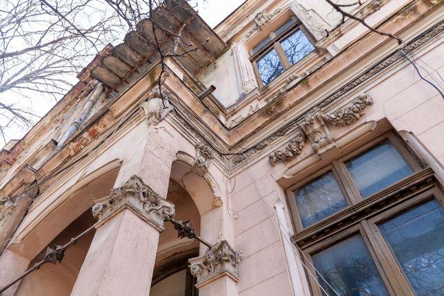 Vila somptuoasa ultracentrala in Bucuresti, investitie optima, sigura