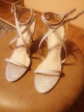 Vand sandale dama marimea 38