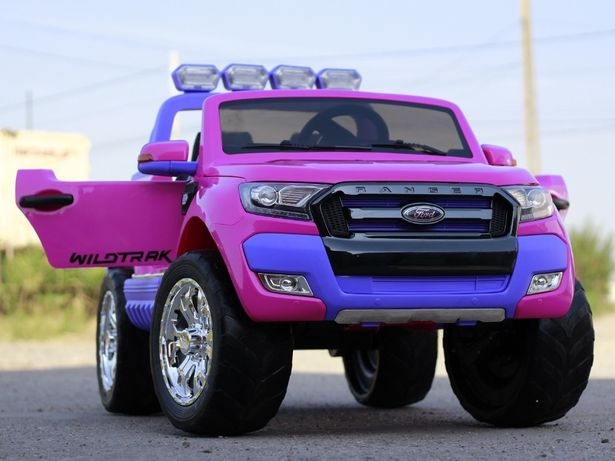 Masinuta electrica pentru 2 copii Ford Ranger 4x4 cu Bluetooth #Roz