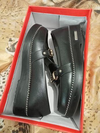 Туфли й 36 размер