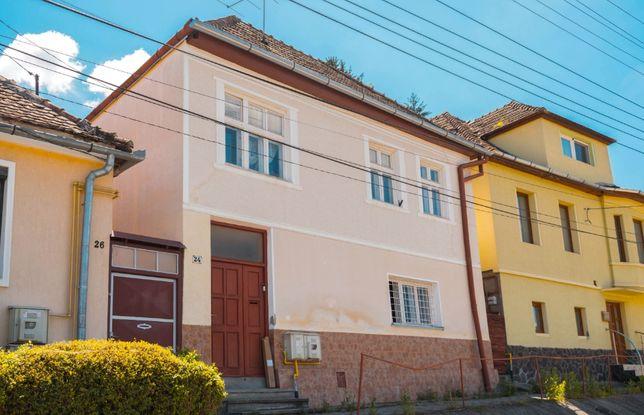 Casa de vanzare in Sighisoara, ultracentral!