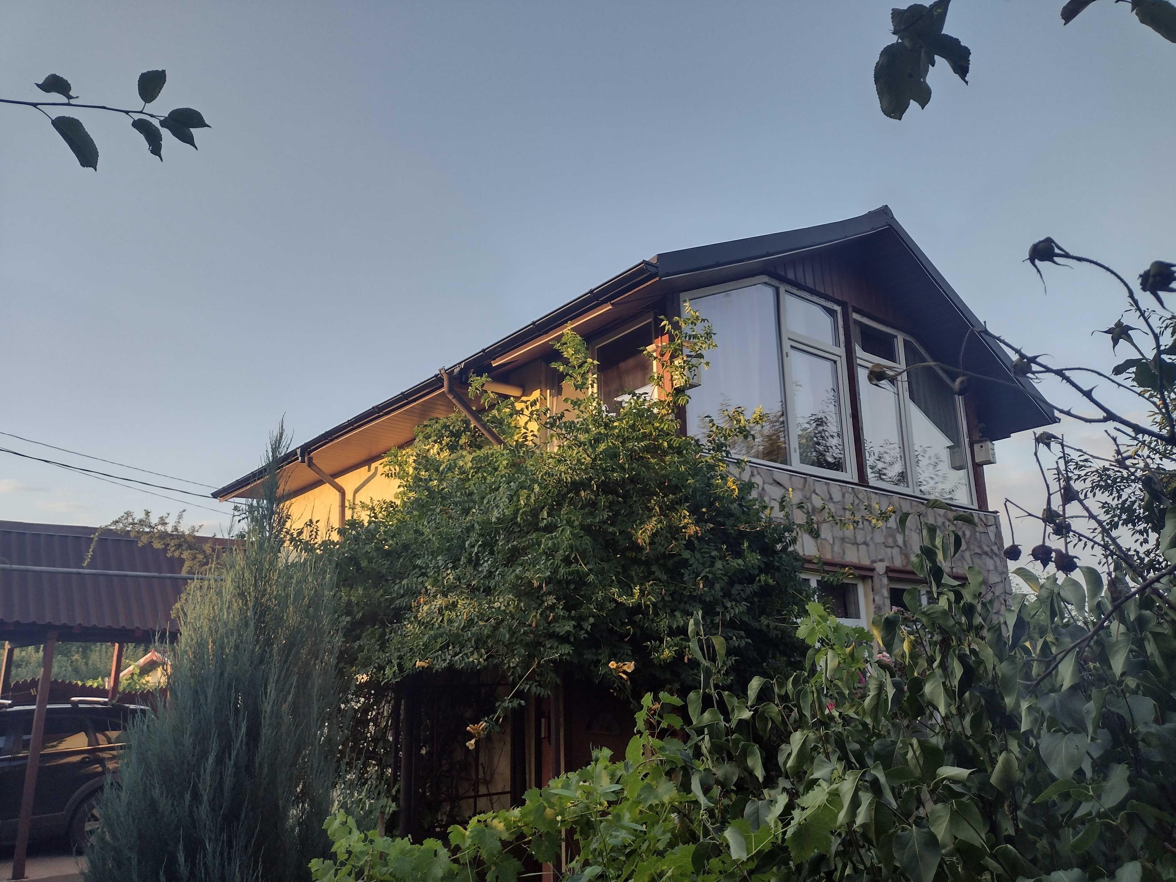 Casa individuala, Modern mobilata si Teren 400MP in Domnesti, Teghes