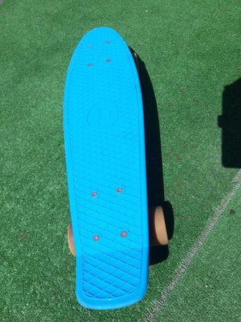Skateboard pennyboard