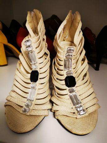 Sandale dama cu barete și pietre, albe, marimea 38