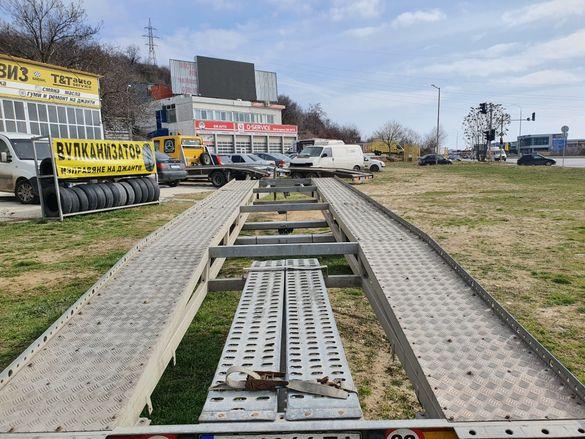 Платформа Двойна Под Наем за превоз на автомобили и строителна техника