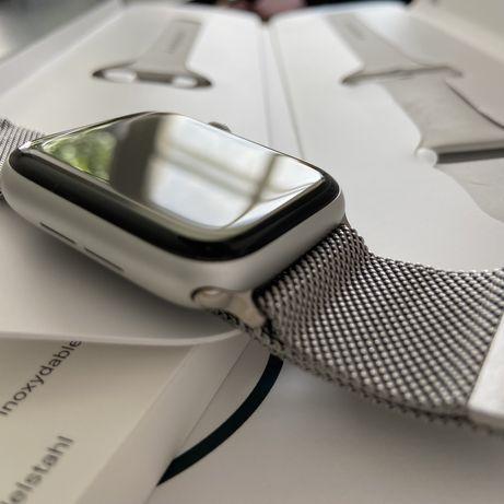 Apple Watch SE 44 mm