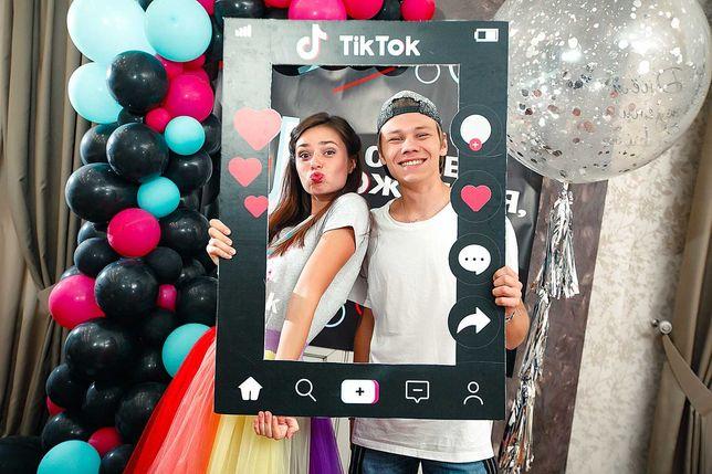 TikTok+Popit, всё в программе -  пенное шоу, аквагрим, твистинг