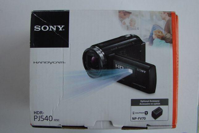Camera video digitala SONY HDR-PJ540
