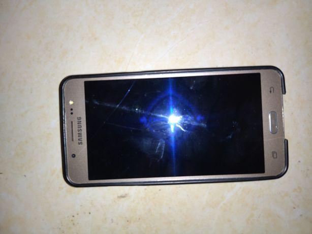 Samsung j5 б/у, работает хорошо