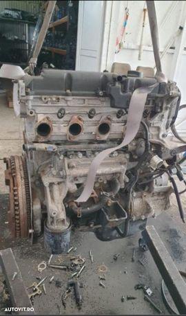 Motor complet fara anexe Kia Sorento 2.5 Crdi 2008 D4CB