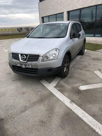Dezmembrez Nissan QASHQAI 2008