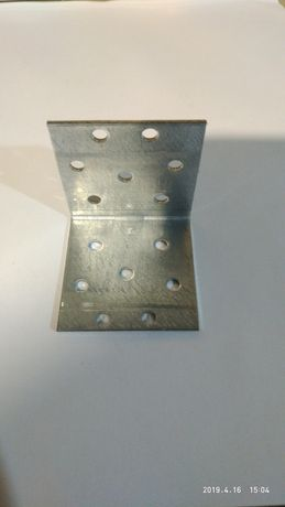 Продам уголки 90° размеры 50мм×50мм×50мм и усиленные 65мм×65мм×50мм.