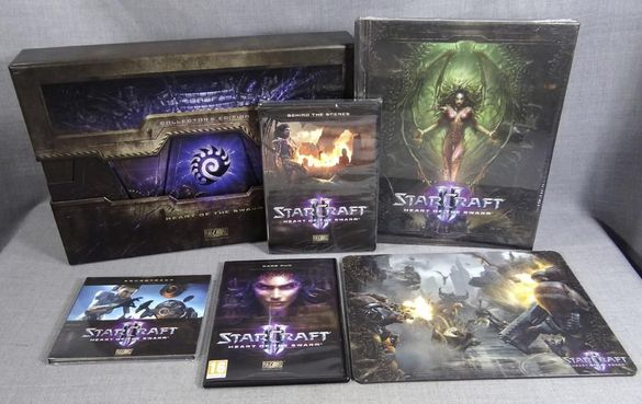 STARCRAFT 2 Heart of Swarm Collectors Edition PC Игра Книга и Мауспад