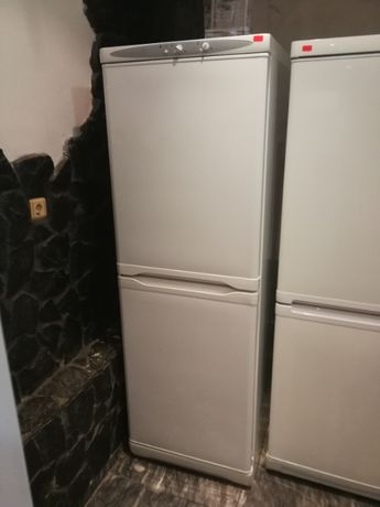 Хладилник с фризер Privileg с 2 компресора 325л.