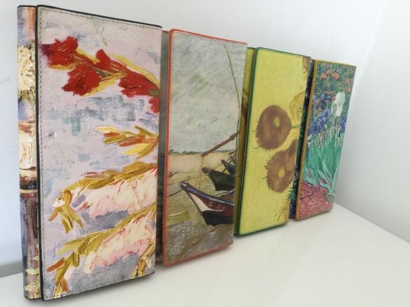 Рисувани портфейли от естествена кожа / с безплатна доставка /