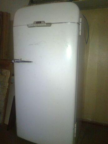 Холодильник ЗиЛ Москва КХ240 made in USSA 1959 г.в. обменяю или продам