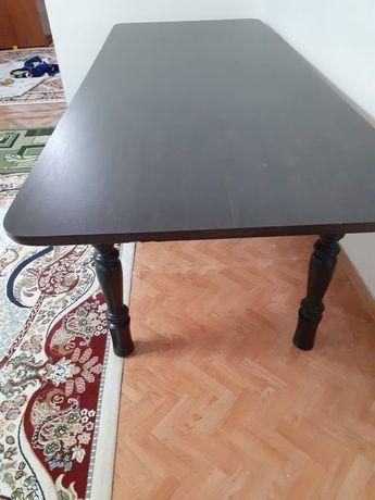 Продается стол со стулями