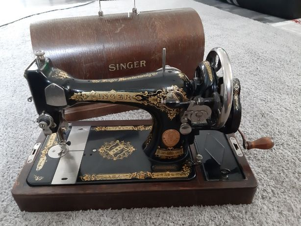 Masina de Cusut Singer, foarte veche (1937)