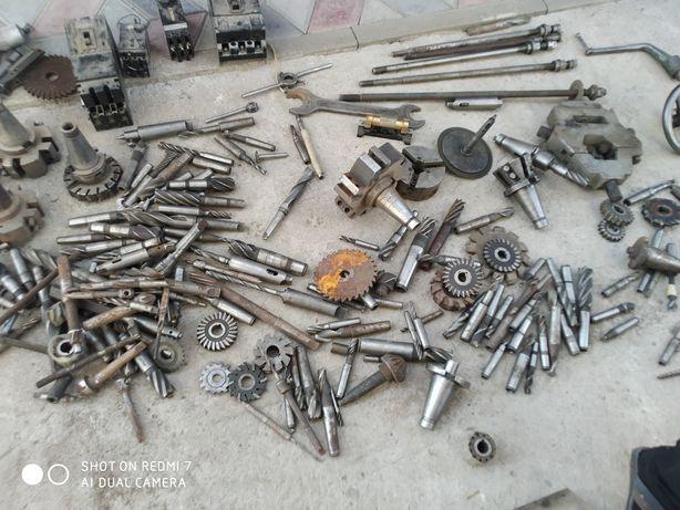 Продам инструменты