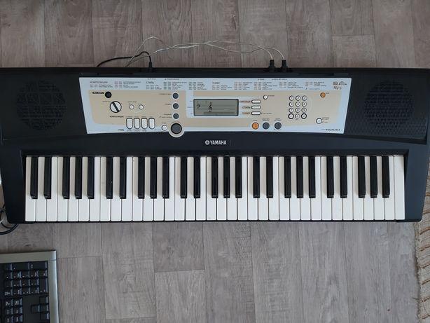Продам или обмен Синтезатор yamaha psr r200