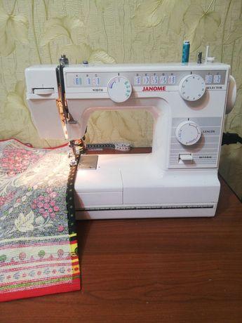 Продам швейную машинку Janome в отличном состоянии,  пользовались 4 го