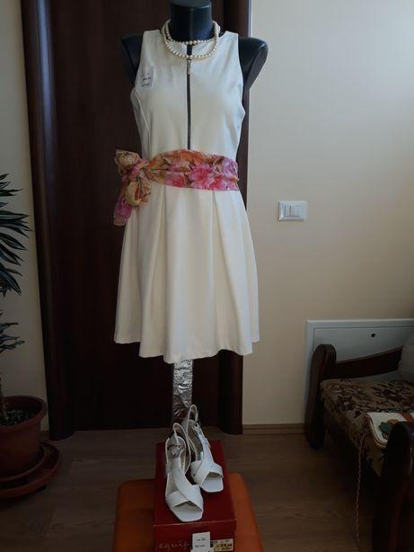 Vând rochie Zara...