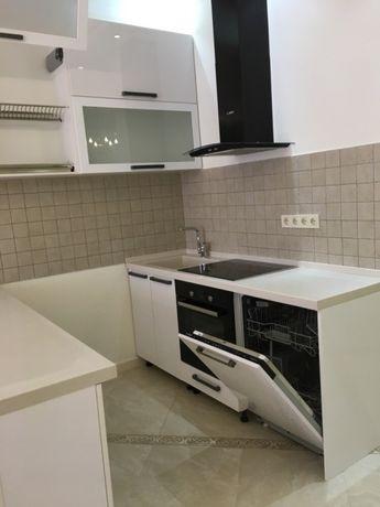 Новая, 3 x комнатная квартира с евроремонтом