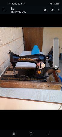 Швейная машинка б/у