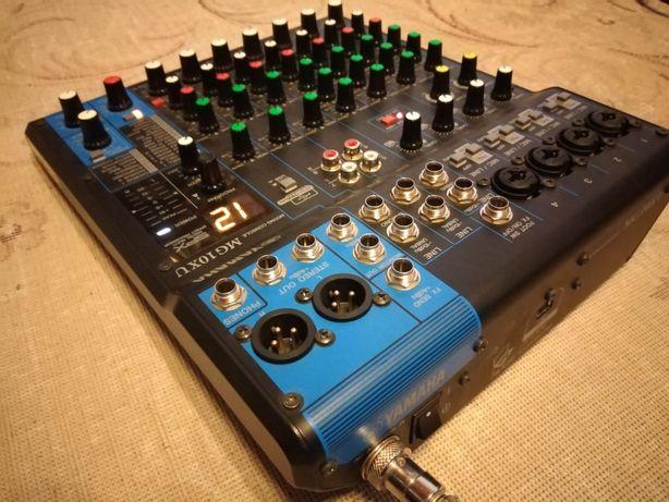 Mixer Yamaha MG 10 X U USB