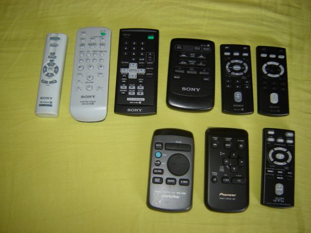 Telecomenzi Sony diverse
