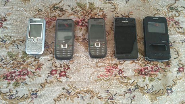 Телефон на запчасти.  4шт.