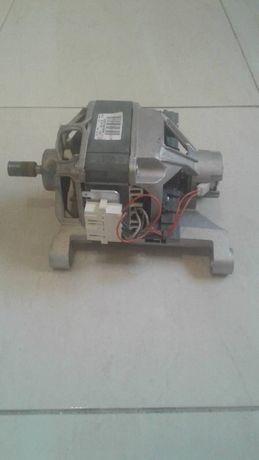 Motor pentru masina de spalat Indesit