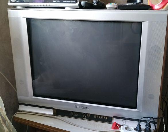 Продам большой телевизор!
