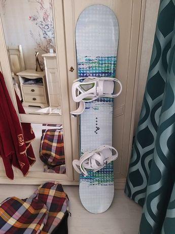 Продам сноуборд Burton с креплениями, ботинками и чехлом